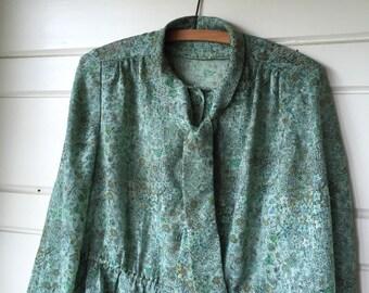 Vintage green dress