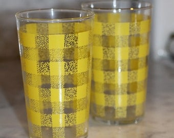 Transferware Drinking glasses in Yellow GIngham