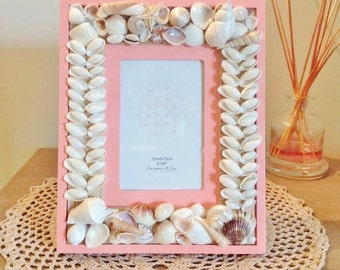 "Pink Shell Frame / Beach Decor / Wedding gift / Anniversary gift / 4""x6"""