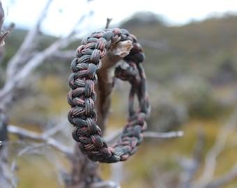 550 Paracord Survival Bracelet (Woodland Camo) (Diamond Stopper Knot Closure)