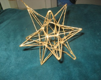 Metal/Gold Star Holiday Ornament