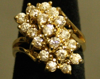 Vintage Ring With 19 Stones - Size 5 - Ships FREE! 17416EA07