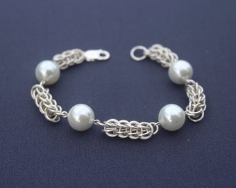 Sterling Silver and Glass Pearl Chainmaille Bracelet