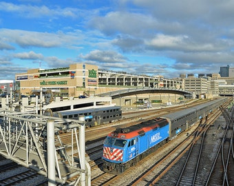 South Loop Chicago Metra Train Metallic Print 8 X 12