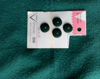 Vintage Buttons #126 in deep green with FREE SHIPPING