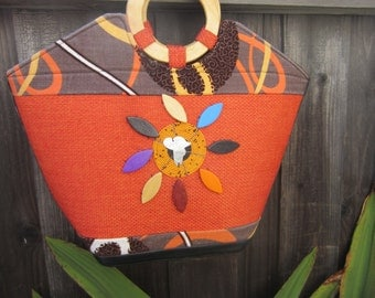 Bright African hand bag