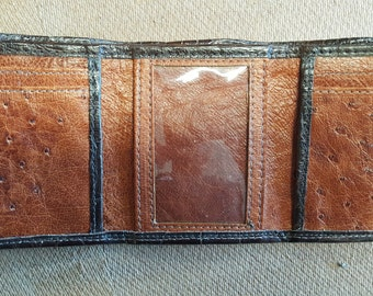 Custom made bifold and trifold wallets