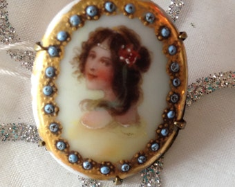Victorian button made into a brooch