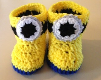Minion baby booties 0-6 months