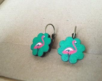 Earwire earrings Vintage style bronze + wood Flamingo