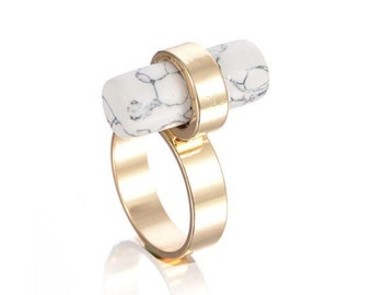 Marble stone golden rod woman fashion ring