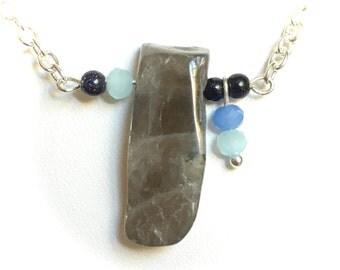 Necklace, labradorite gemstone pendant, raw labradorite, silver necklace, gift for her, gemstone necklace, contemporary jewelry jewellery