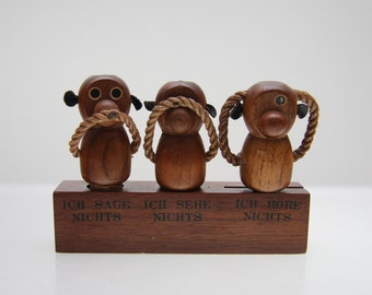 Cute Bar set - corkscrew, cork, bottle opener - monkeys -