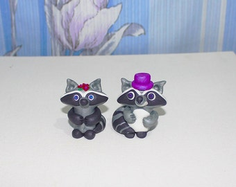 Raccoon handmade miniature / Raccoon Toy / collectible Raccoons / Polymer clay animal figure / Wedding Raccoons