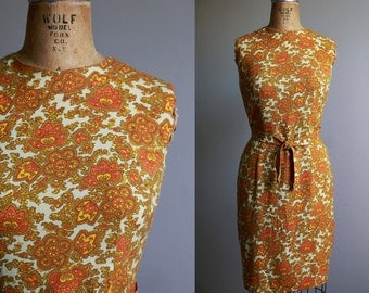 1970s Yellow and Orange Paisley Dress - Small Medium