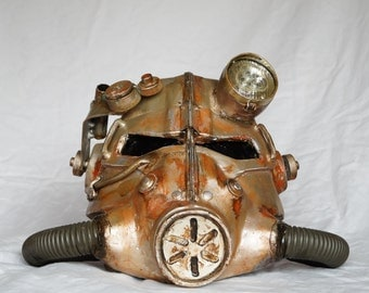 Fallout helmet replica prop - rusted metal finish