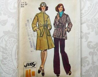 Vintage 1970s Coat Simplicity 6633 Pattern UNCUT Size Large