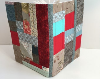 Notebook with patchwork quilted cover