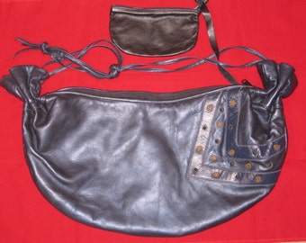 1980s Navy Pearlescent Large Hobo Shoulderbag from Very Special Things