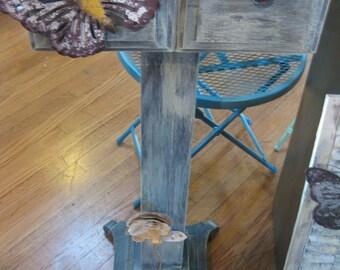 pedestal flower pot