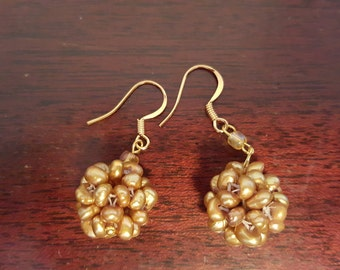 Gold freshwater pearl earrings