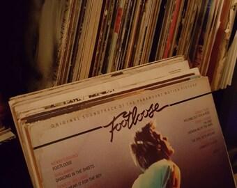 Lot of 100 random records. 33 rpm.