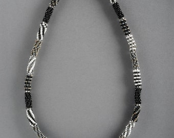 Beaded bead necklace in black, grey & pearl
