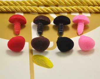 20pcs 15mm 4 - color Velvet Triangle Safety Nose Colored Flocking nose Plush nose for Amigurumi or crochet doll - 5 PCS for each color