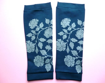 Leg warmers sea blue with floral print