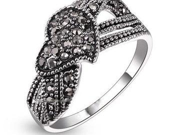 Vintage marcasite love heart ring