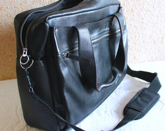 briefcase bag in black leather