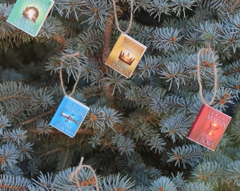 Game Of Thrones Christmas or Everyday Ornaments (Set of 5 All Books)
