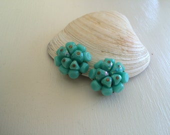 Turquoise florette: clip on earrings...or shoe clips!