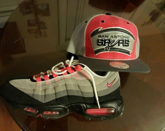 Customizing hats to match sneakers