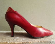 Women's Vintage Shoes Made in Italy / Studded Shoes / Red Vintage Shoes EU 38