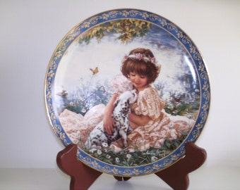 "Bradford Exchange Collectible Plate ""Puppy Love"""