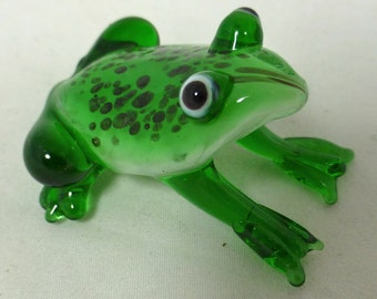 New Glass Green Frog Ornament Boxed Collectible Frog Lover