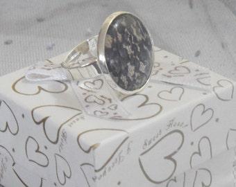 Ring in black/beige