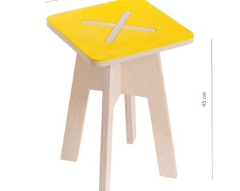 Square chair, yellow