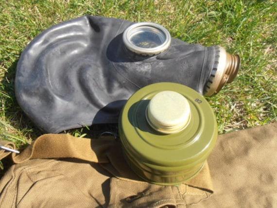 masque gaz militaire sovi tique vente complet set noir. Black Bedroom Furniture Sets. Home Design Ideas