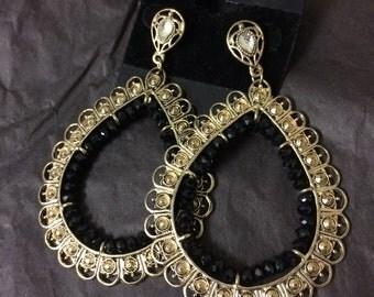 vintage teardrop hoop earrings