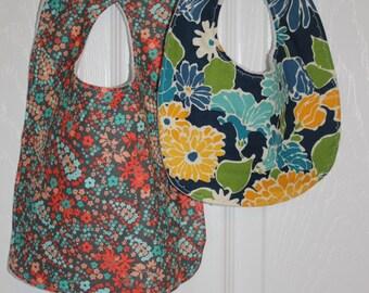 Floral Two Piece Bib Set