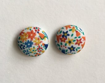 19mm Spring Floral Fabric Studs