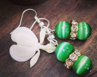 Small sparkling green earrings