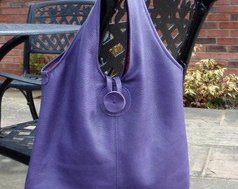 Leather shopping tote bag, printed lining.