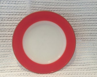 """Pyrex JAJ Weardale Tea Plates in Coral Red with Gold Edges 6 5/8"""" diameter"""