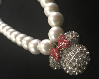 Rhinestone Minnie Mouse White Pearl Necklace (dog/cat)