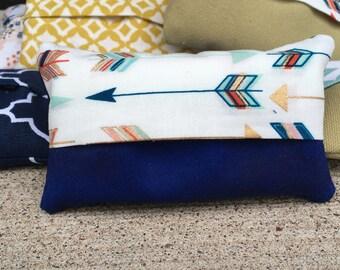 Arrow Tissue Case / Tissue Cozy / Kleenex Holder