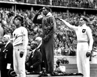 Jesse Owens Wins Gold at the 1936 Summer Olympics in Berlin, Germany - 8X10 Photo (BB-093)