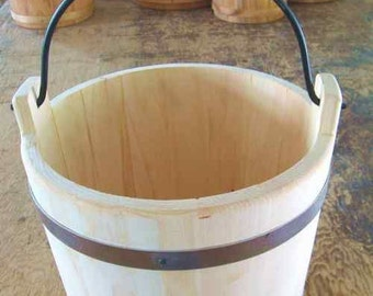 Large Premium Pine Water Bucket
